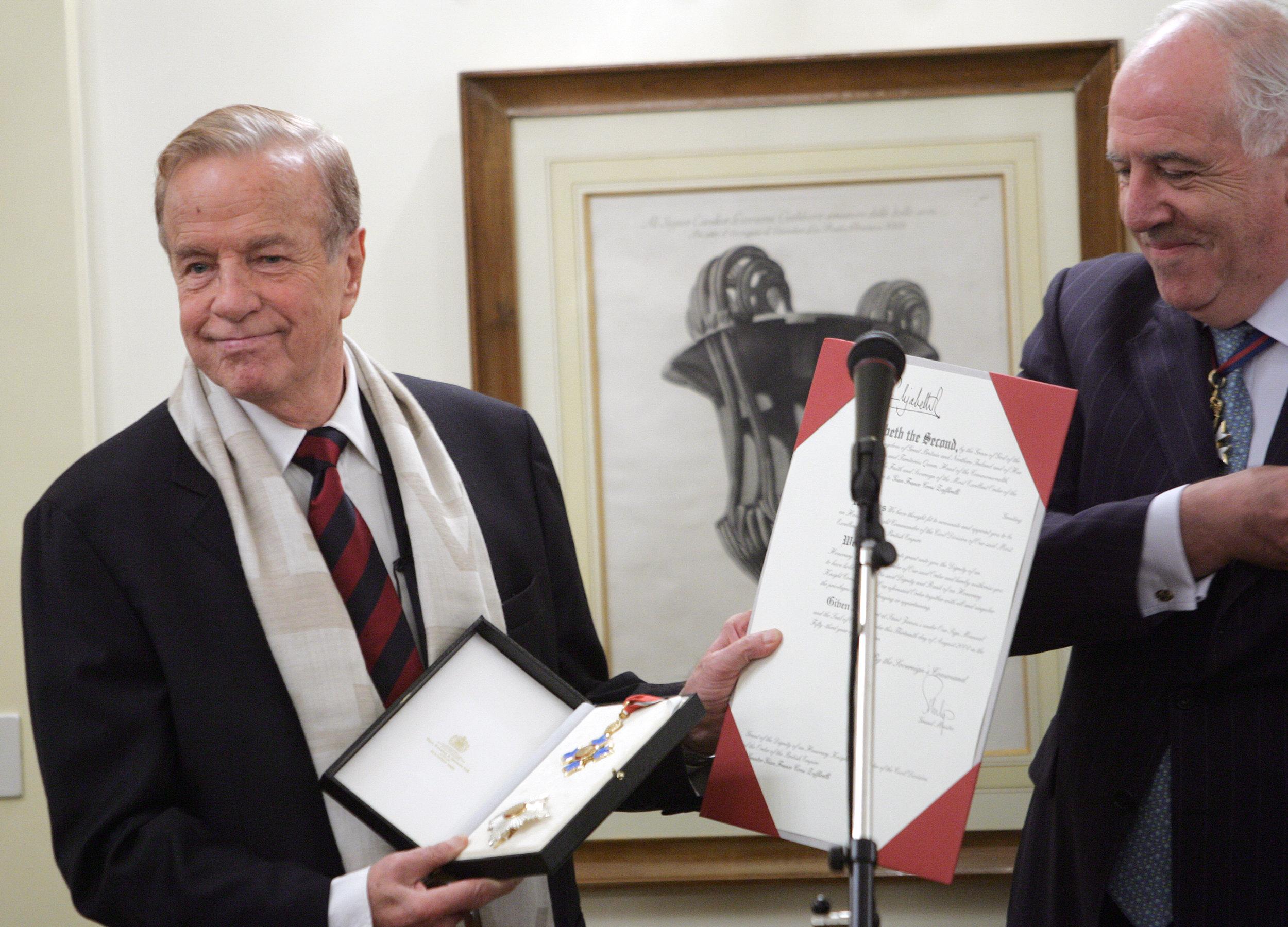 Reconocimiento de la embajada británica a Zeffirelli.