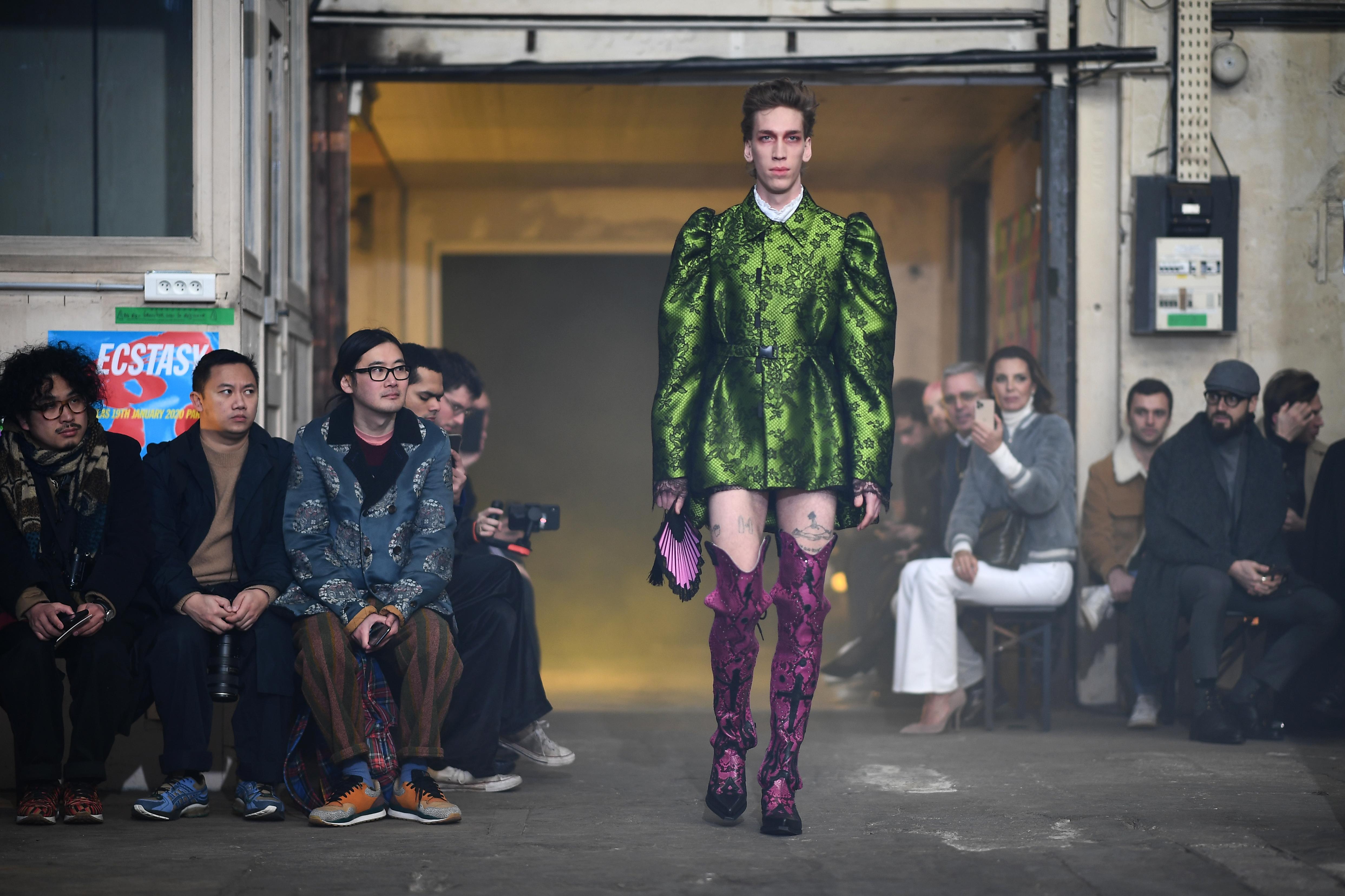 Palomo  destaca el verdadero ADN de su marca en París.