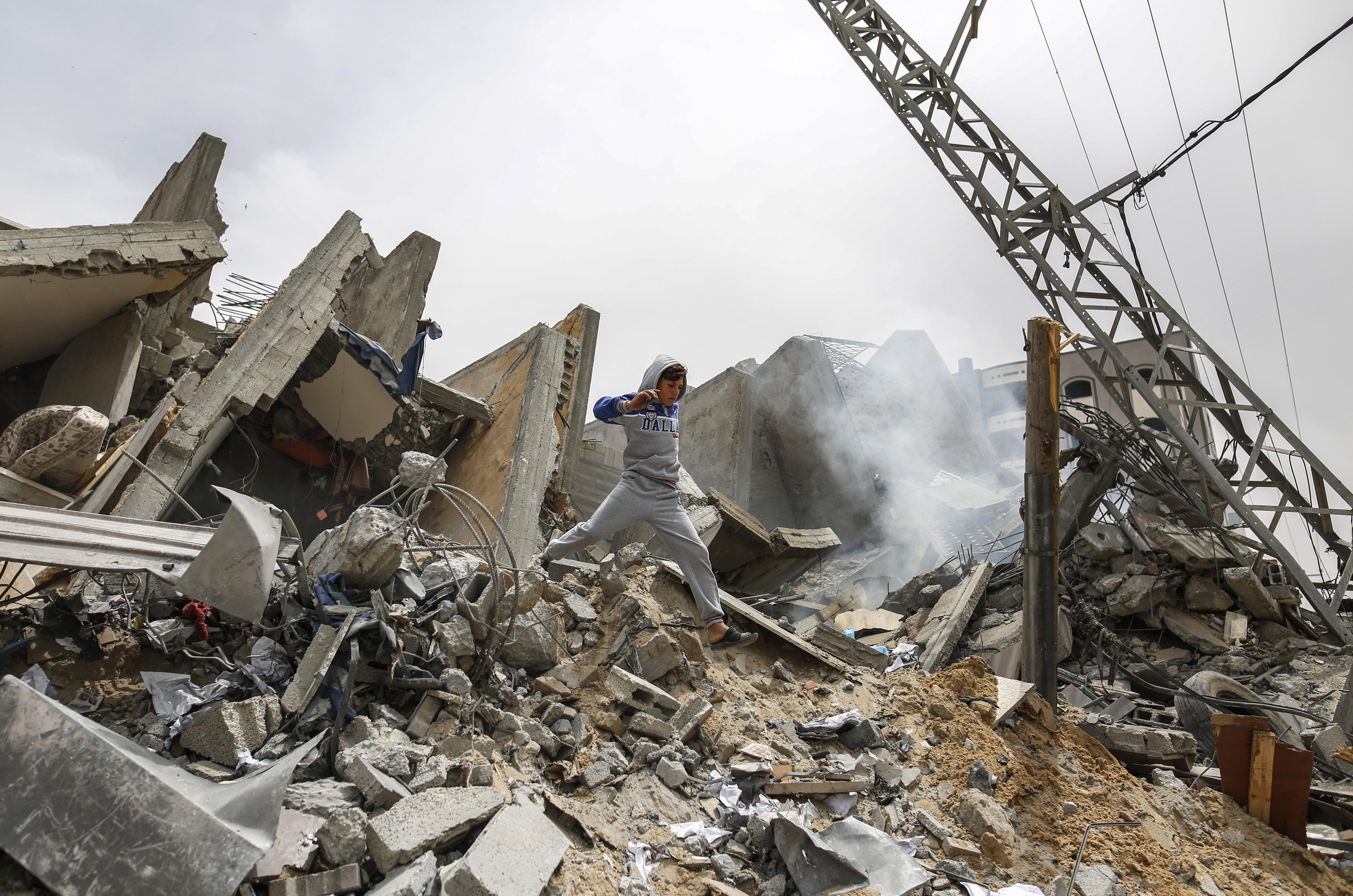 Así quedó parte del pueblo de Netiv Haasara tras el ataque aéreo en la frontera en la Franja de Gaza.