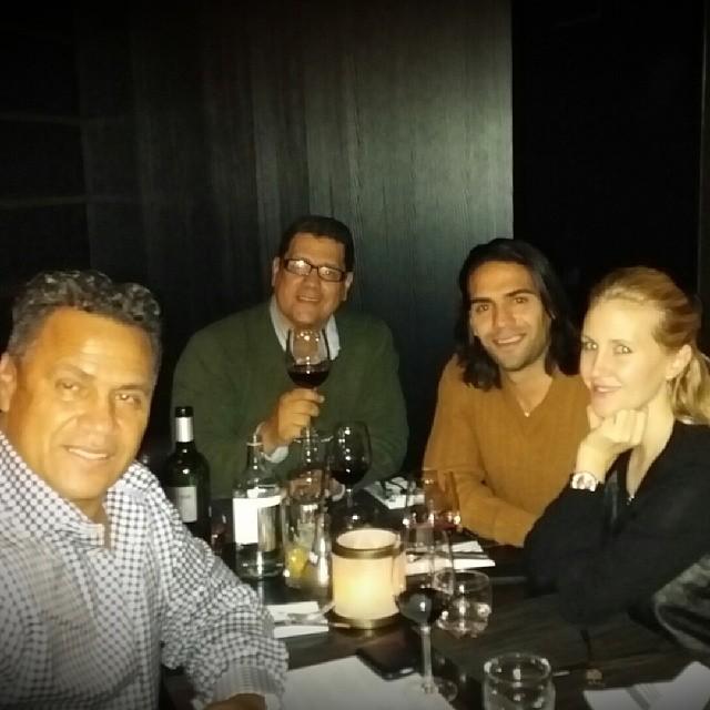 Radamel García King con su hijo Falcao, su nuera Lorelei Taron y su hermano, el actor Herbert King, quien también murió el 2 de agosto pasado.
