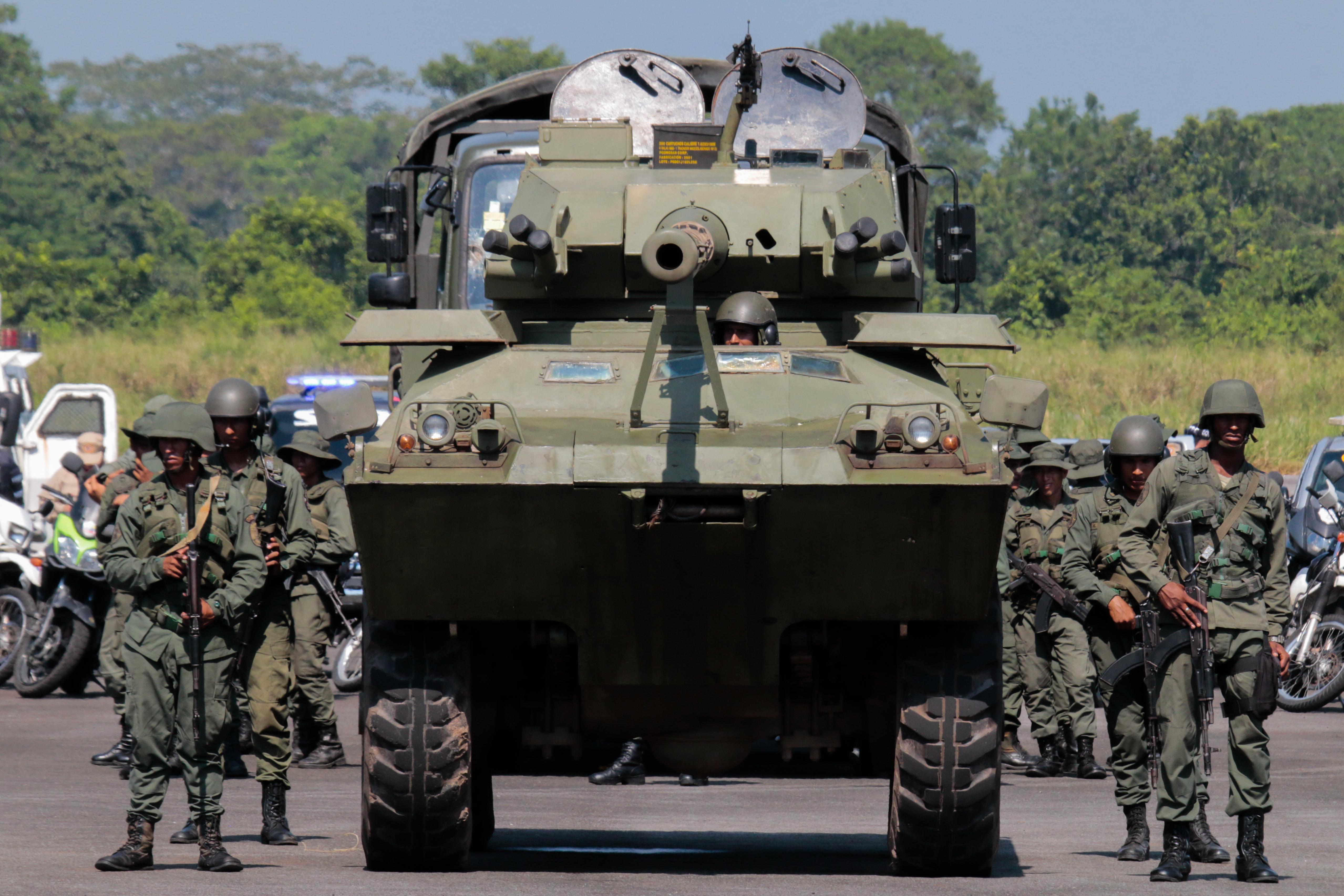 Operaciones militares de Venezuela en la frontera con Colombia.