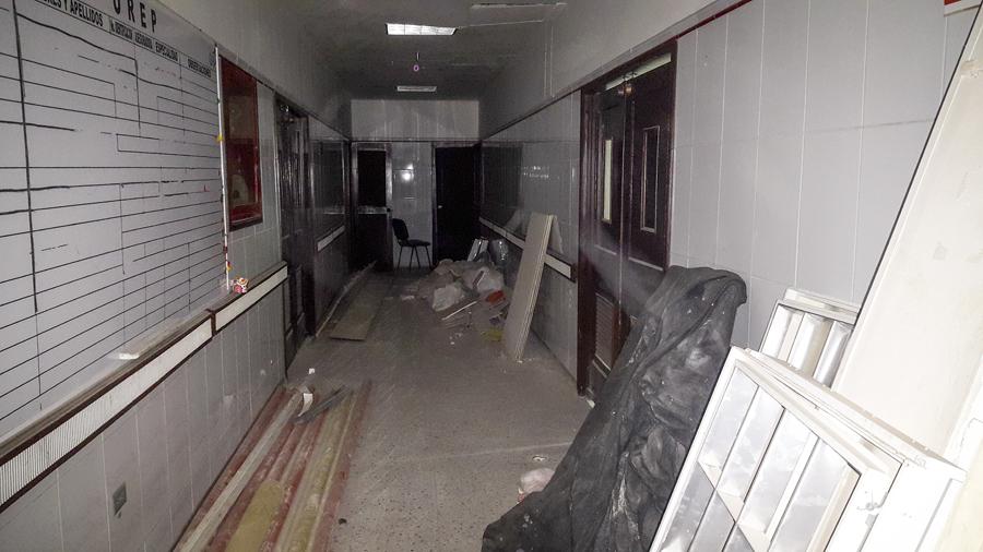 Sector de la Unidad de pacientes quemados al que le están haciendo reparaciones desde hace varios meses.