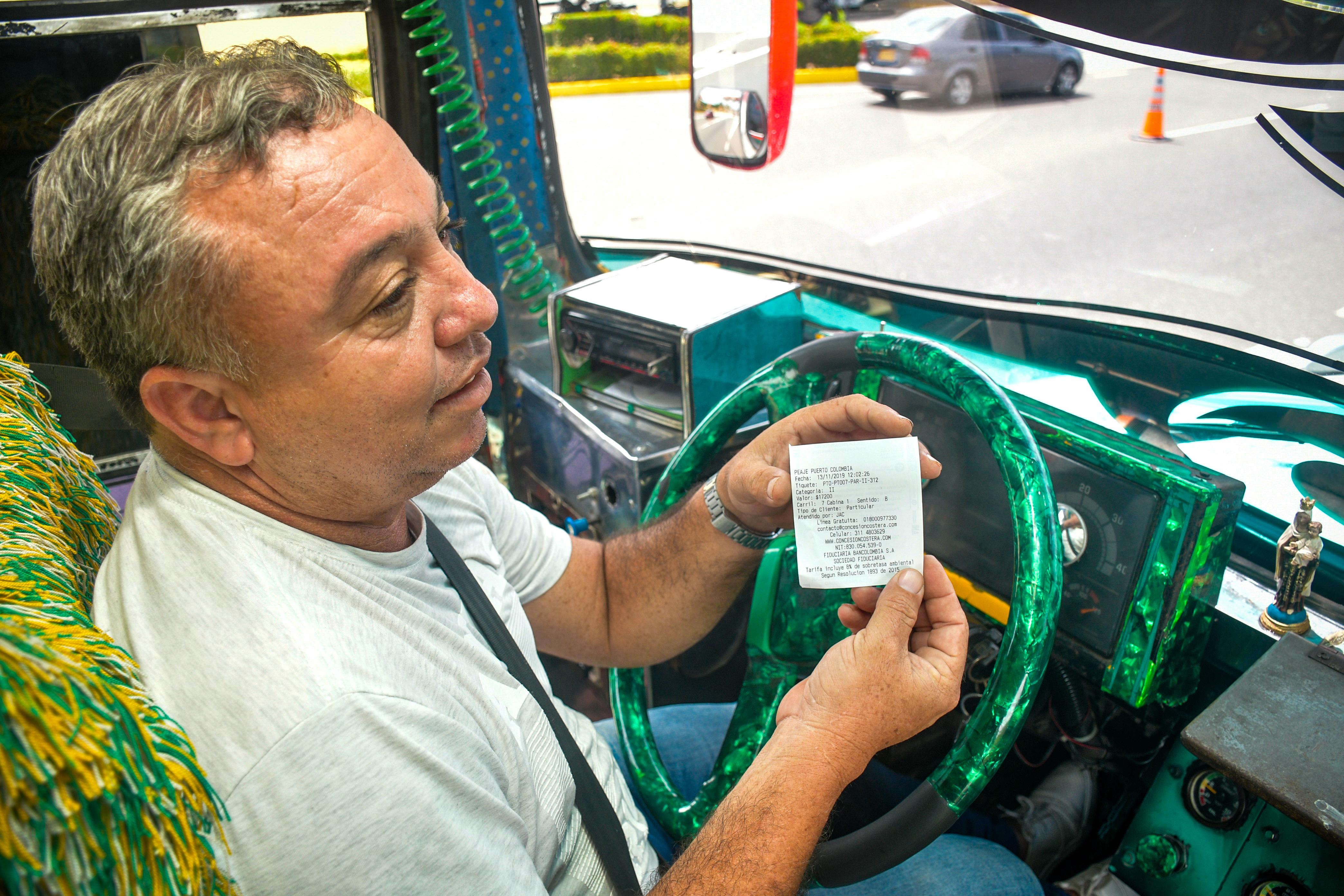 Fredy Consuegra conductor de bus pagó $17.200.