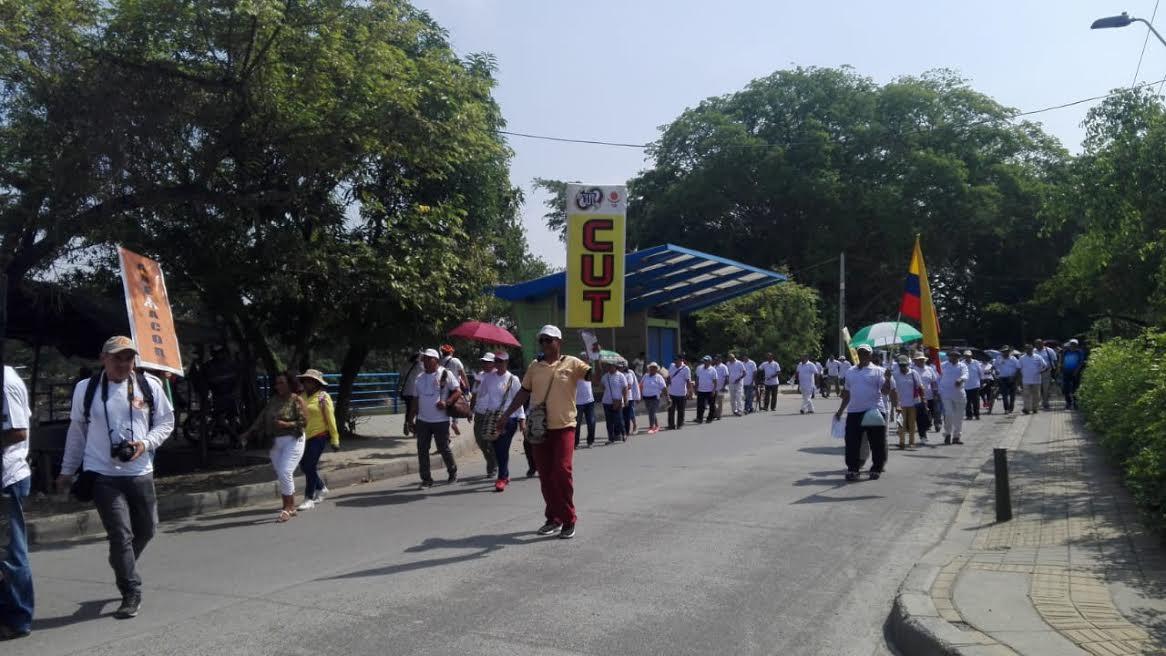 Los trabajadores protestaron en las calles de Montería.