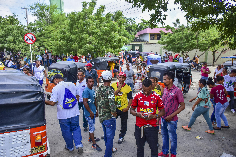 Los motocarros fueron utilizados para llevar a las personas hasta su puesto de votación.