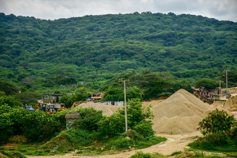 Una de las canteras ubicadas en Puerto Colombia.