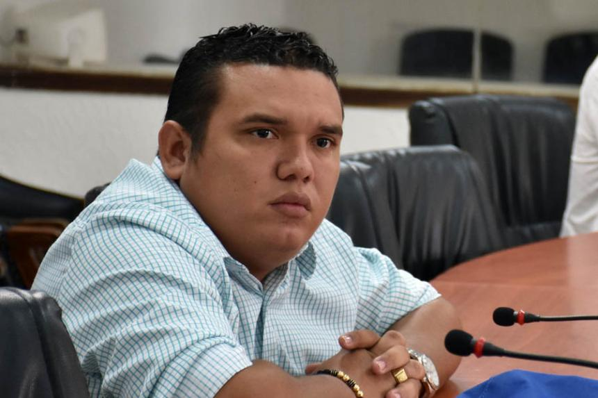 Aissar Castro, concejal que aspiraba a repetir su curul, pero no lo consiguió.