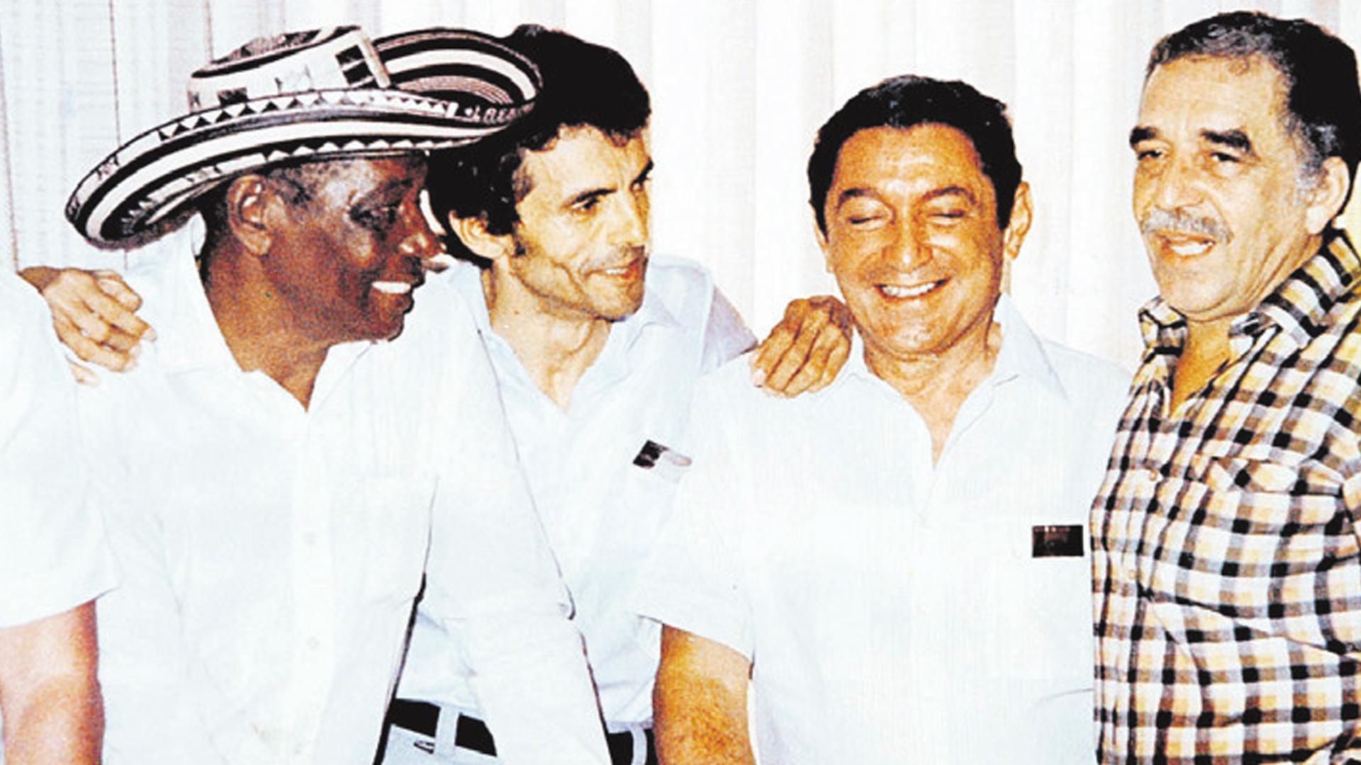 Junto a Gustavo Gutiérrez, Rafael Escalona y Gabo.