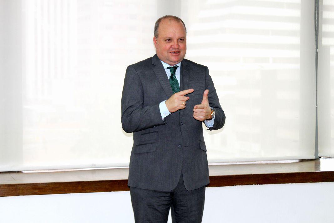 Jorge Enrique Vélez, exsuperintendente de Notariado y Registro y exgobernaor encargado de La Guajira.