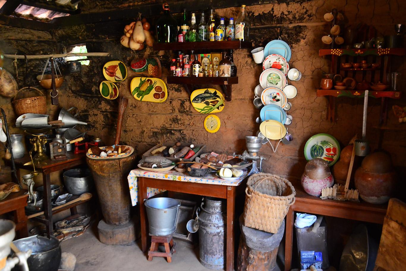 La Casa De Bahareque De Los Jim Nez El Ltimo Vestigio Del Viejo  # Muebles Dangond