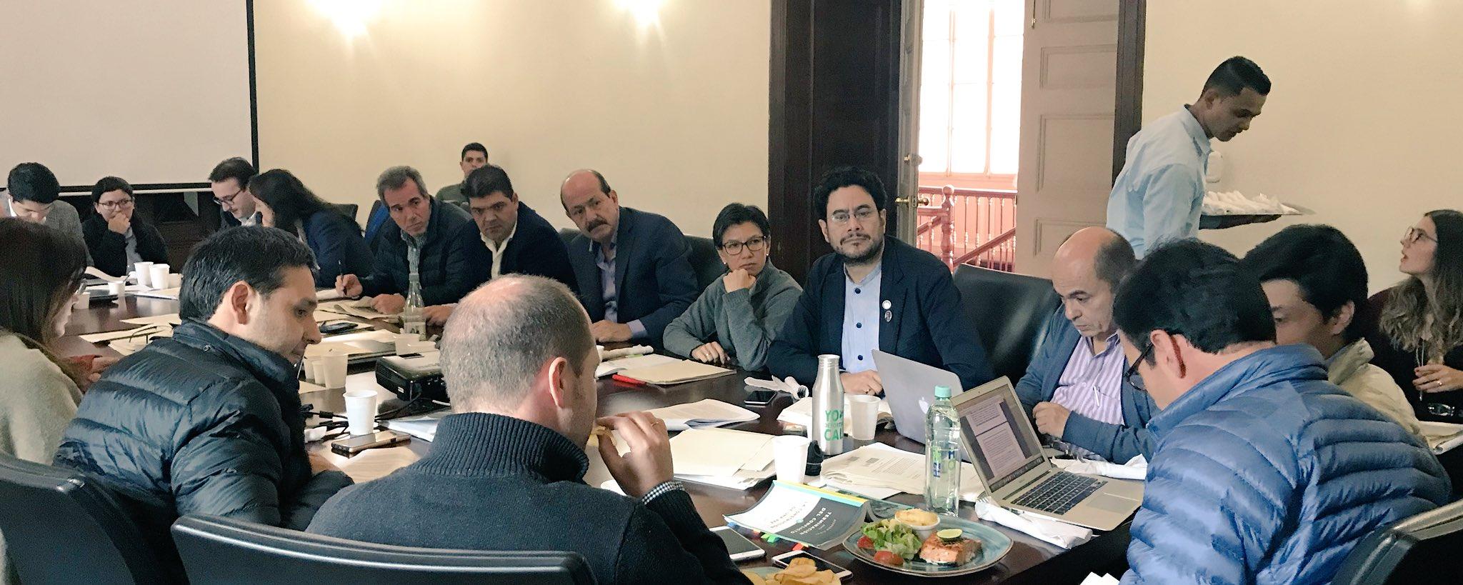 La subcomisión reunida ayer en el Ministerio del Interior.