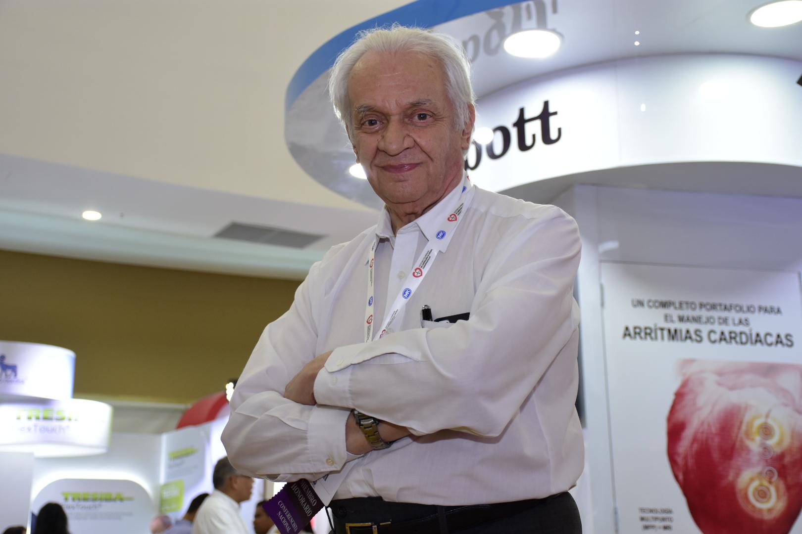 Jorge Reynolds Pombo, de 83 años, creador del primer marcapasos.