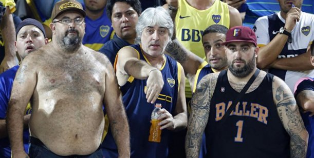 Prohíben asistir a canchas argentinas a 128 'barrabravas' de