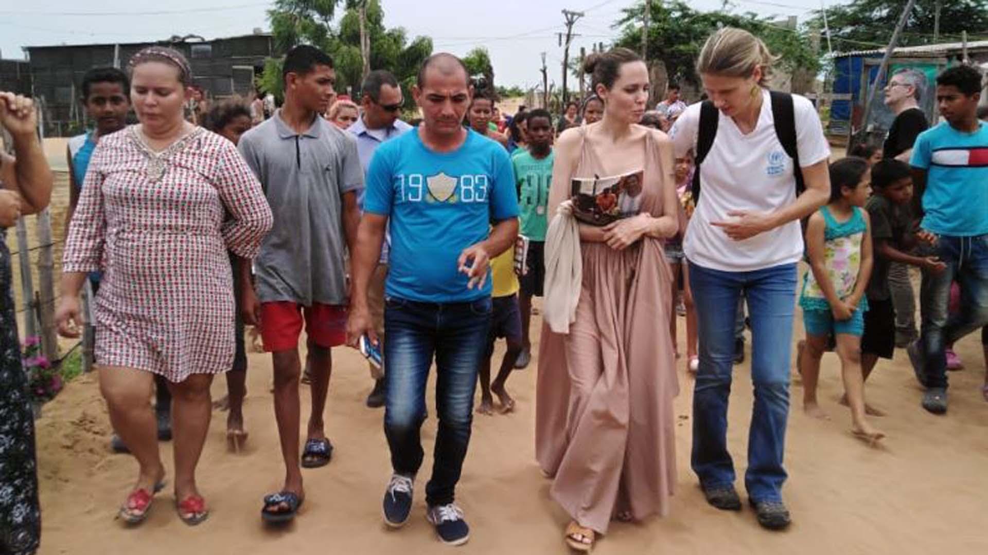 Angelina Jolie visits migrants in La Guajira