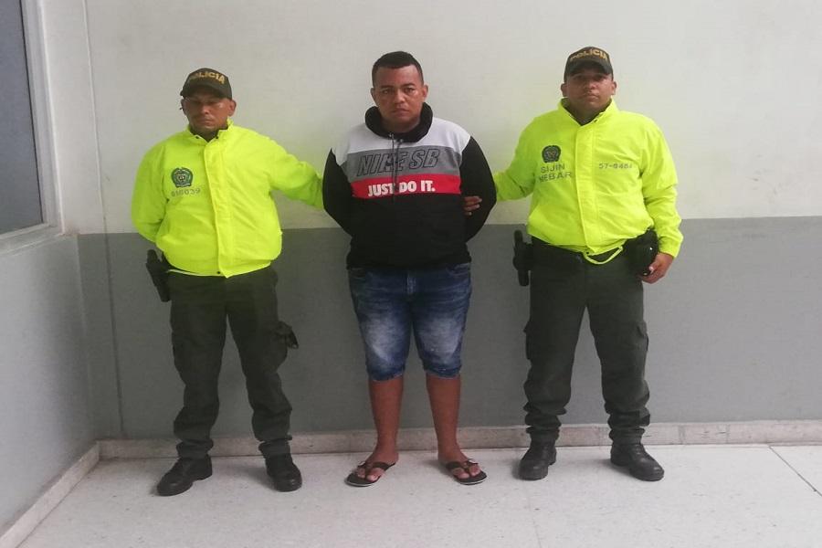 En video | capturan a hombre por robo en restaurante en El Prado - El Heraldo (Colombia)