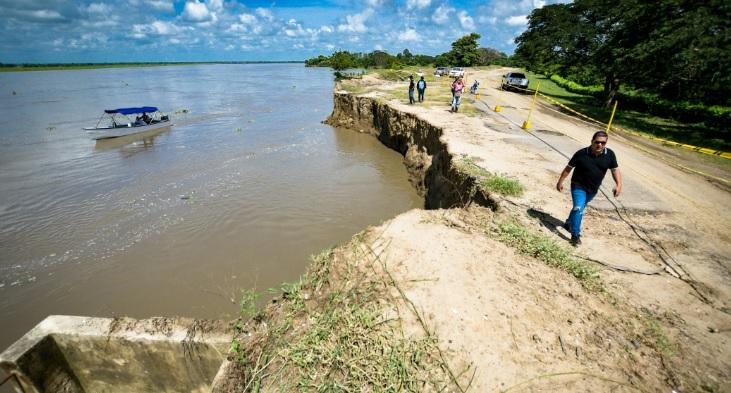 """""""Ese ruido del río da miedo"""": emergencia por erosión en Salamina - El Heraldo (Colombia)"""