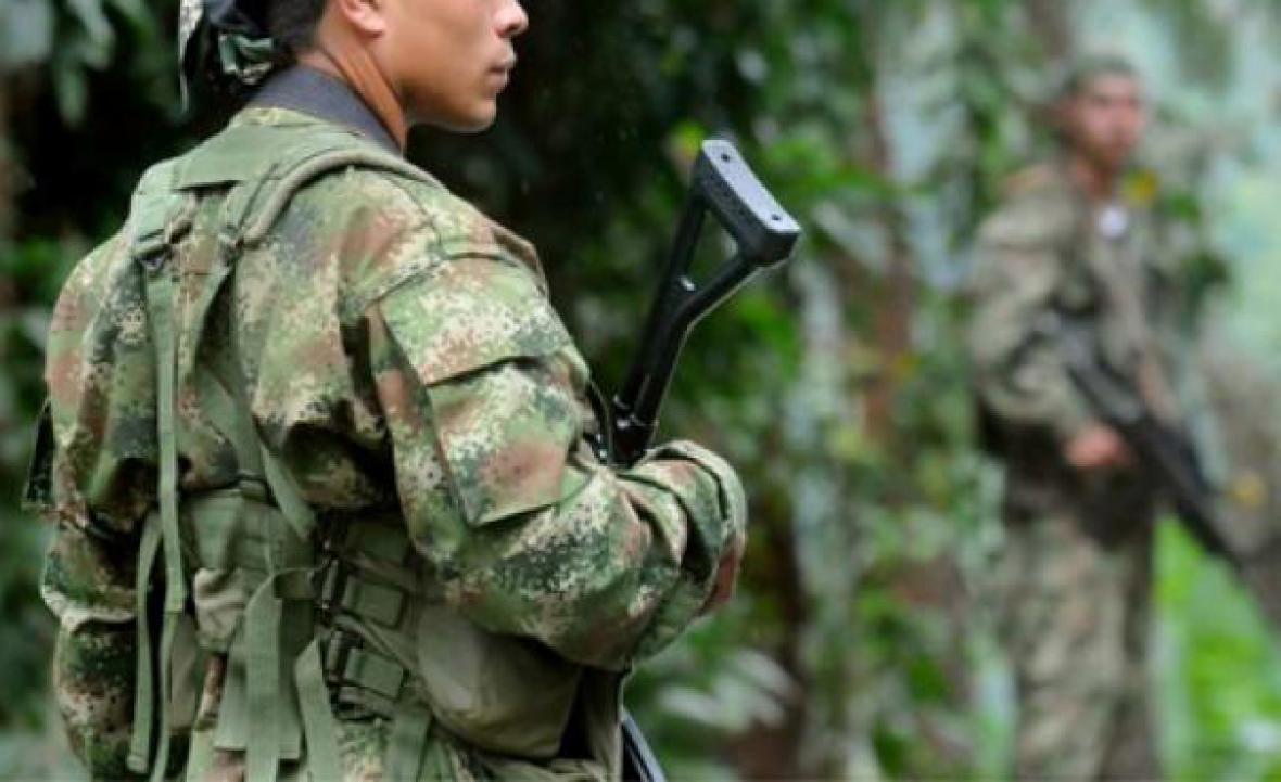 """Sgto. Juan Carlos Díaz, quien denunció la violación de la niña embera: """"ya no hace parte del Ejército"""": Zapateiro"""