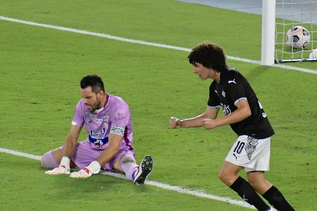 Minuto a minuto del juego entre Junior y Libertad por la ida de los octavos de final de la Copa Sudamericana