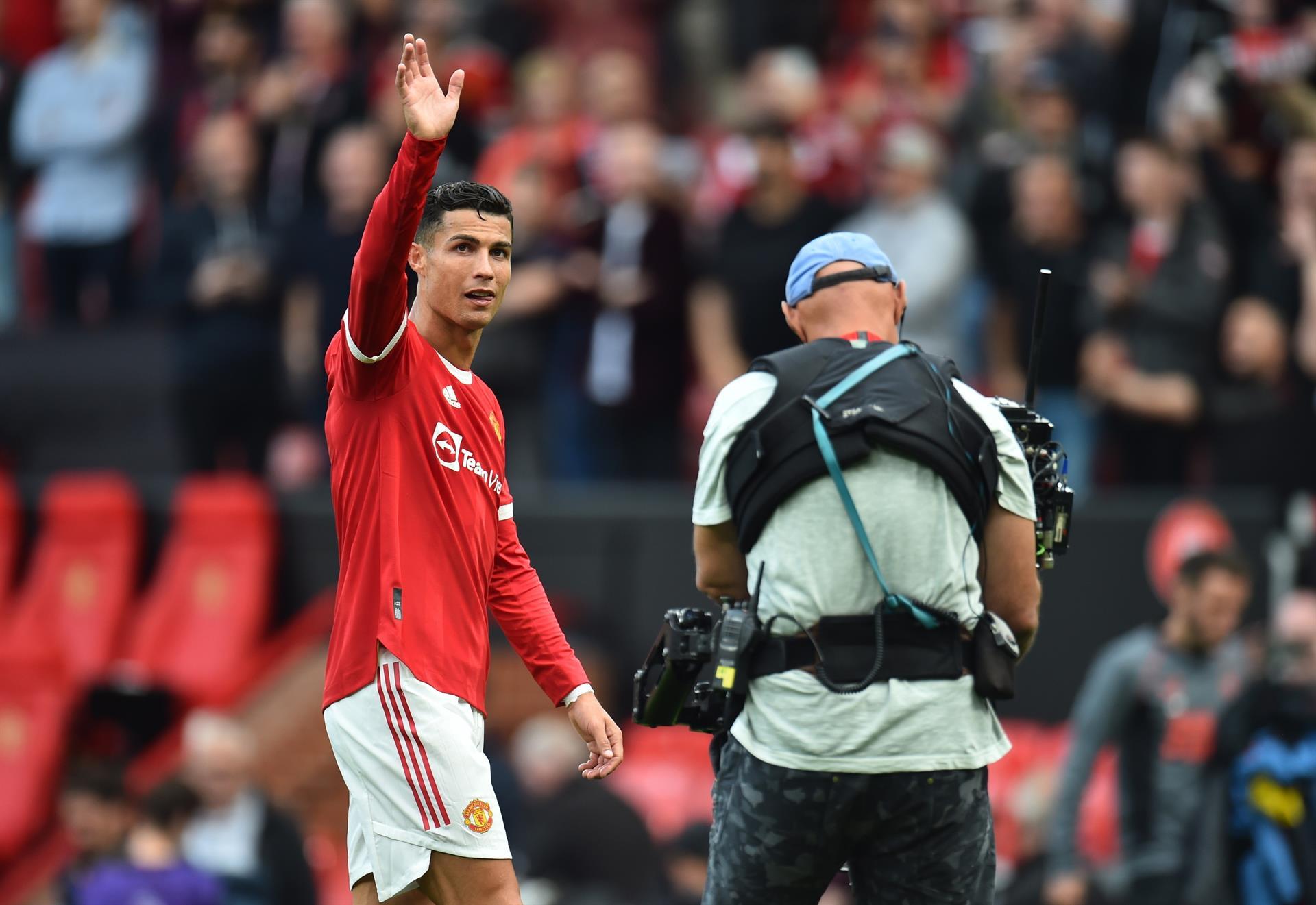 """""""Estoy orgulloso de volver al Manchester United"""": Cristiano"""