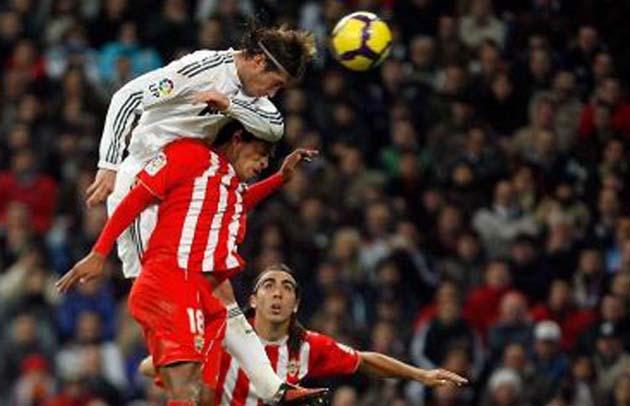 Futbolistas pueden sufrir daño cerebral por golpear balón con la cabeza 4d1cd4227ab5f