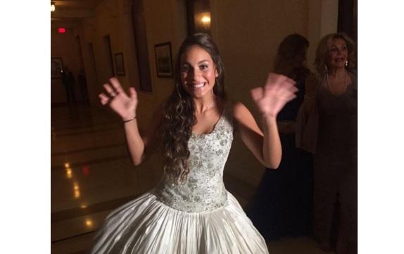 Mi esposa me baila suavecito antes de hacer el amor - 3 part 3