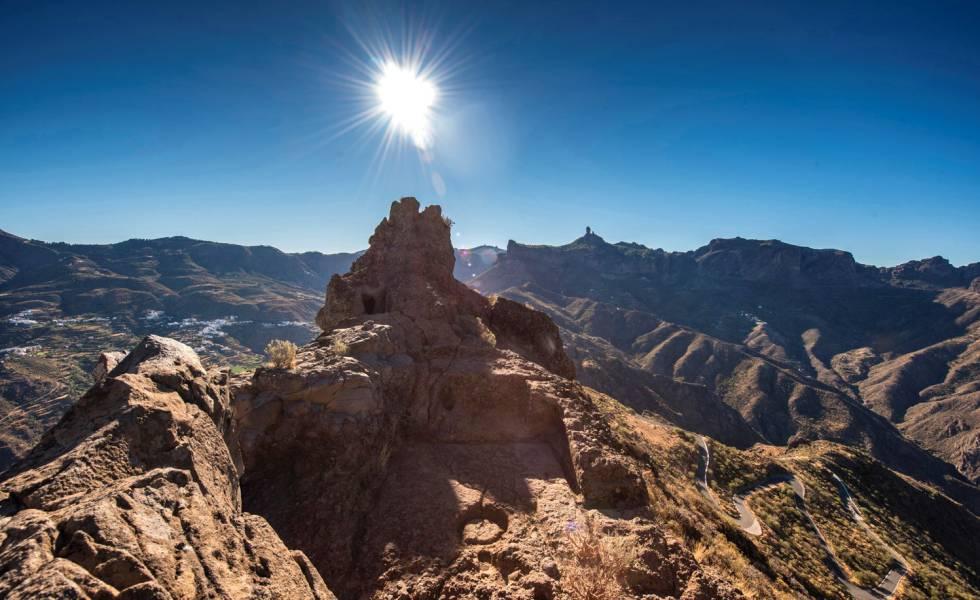 El Roque Bentayga hace parte del Risco Caído y los Espacios Sagrados de Montaña de Gran Canaria.