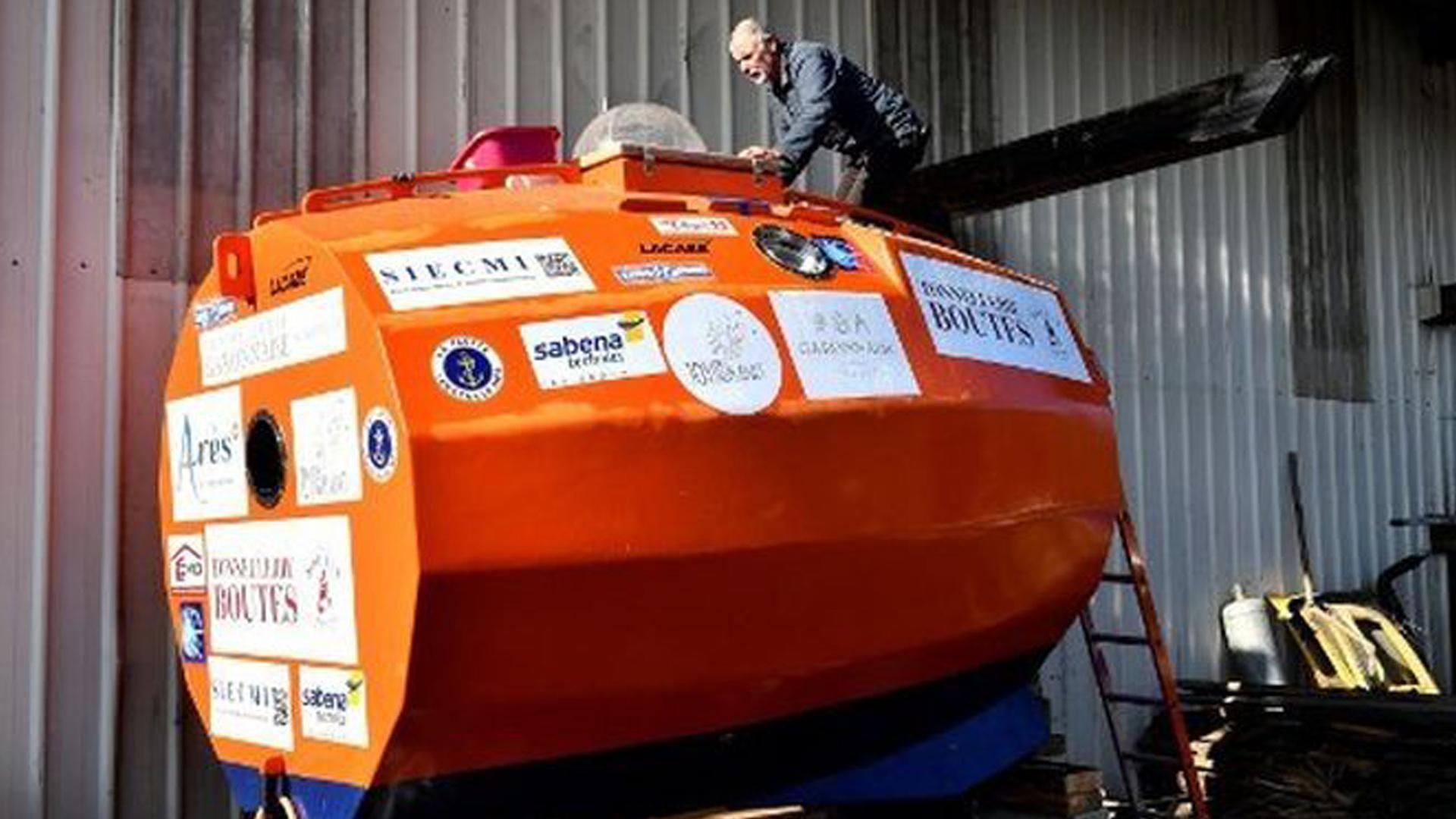 La capsula en forma de barril que utilizará Savin para cruzar el Atlántico.