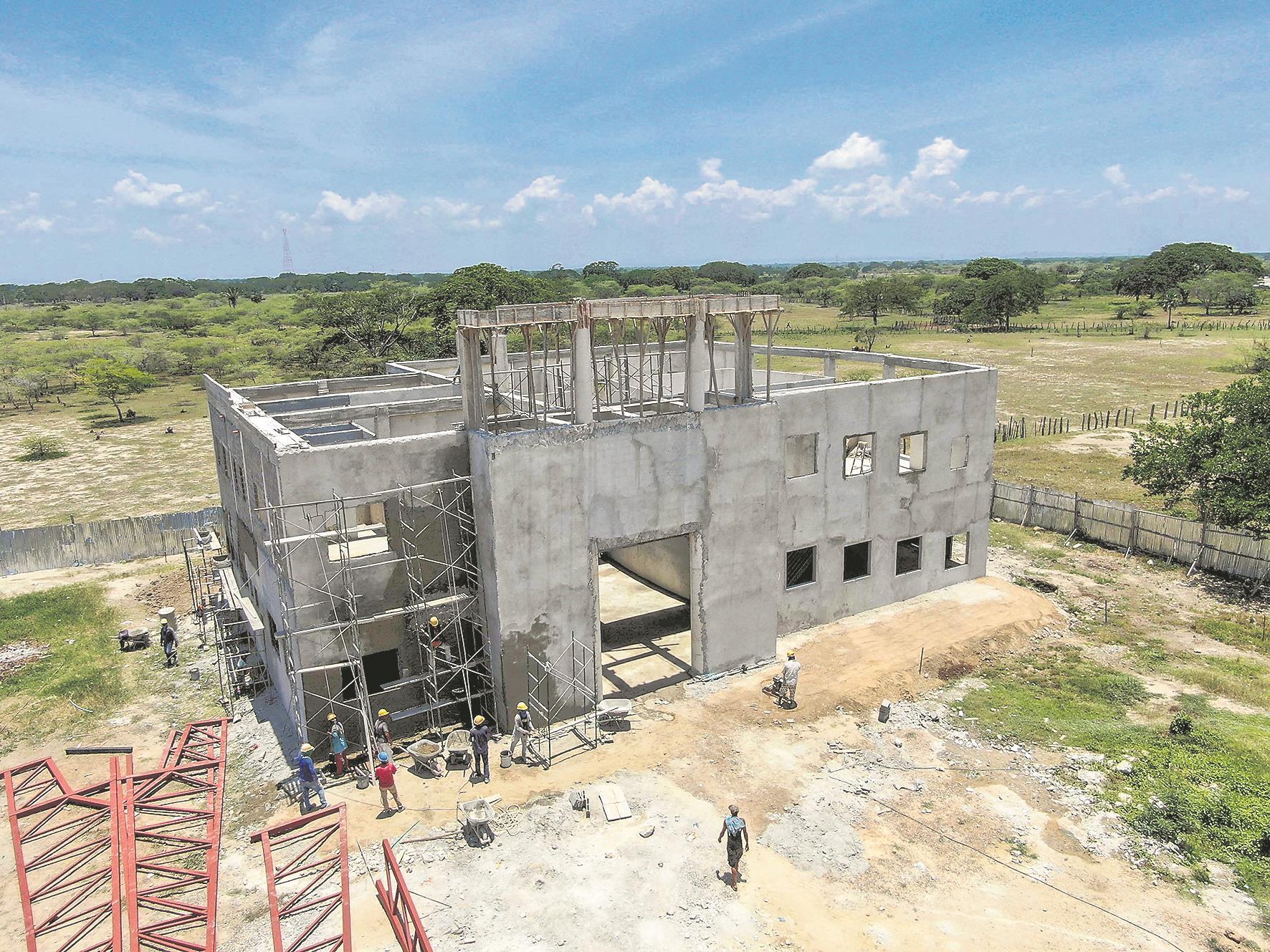 Así va la construcción de la Casa de Cultura en Campo de la Cruz.