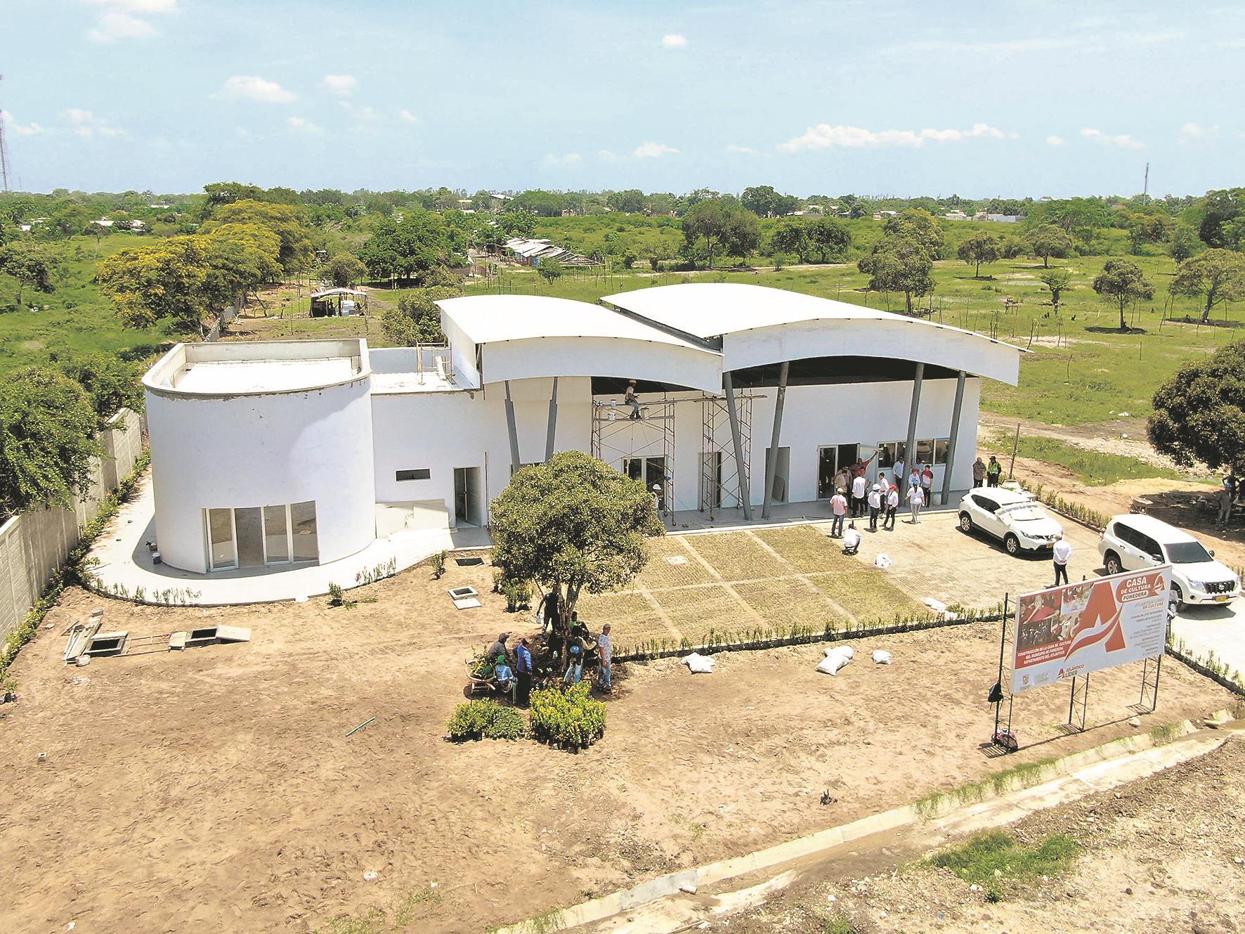 Fachada de la Casa de la Cultura en Ponedera que tuvo una inversión de 1.266 millones de pesos.
