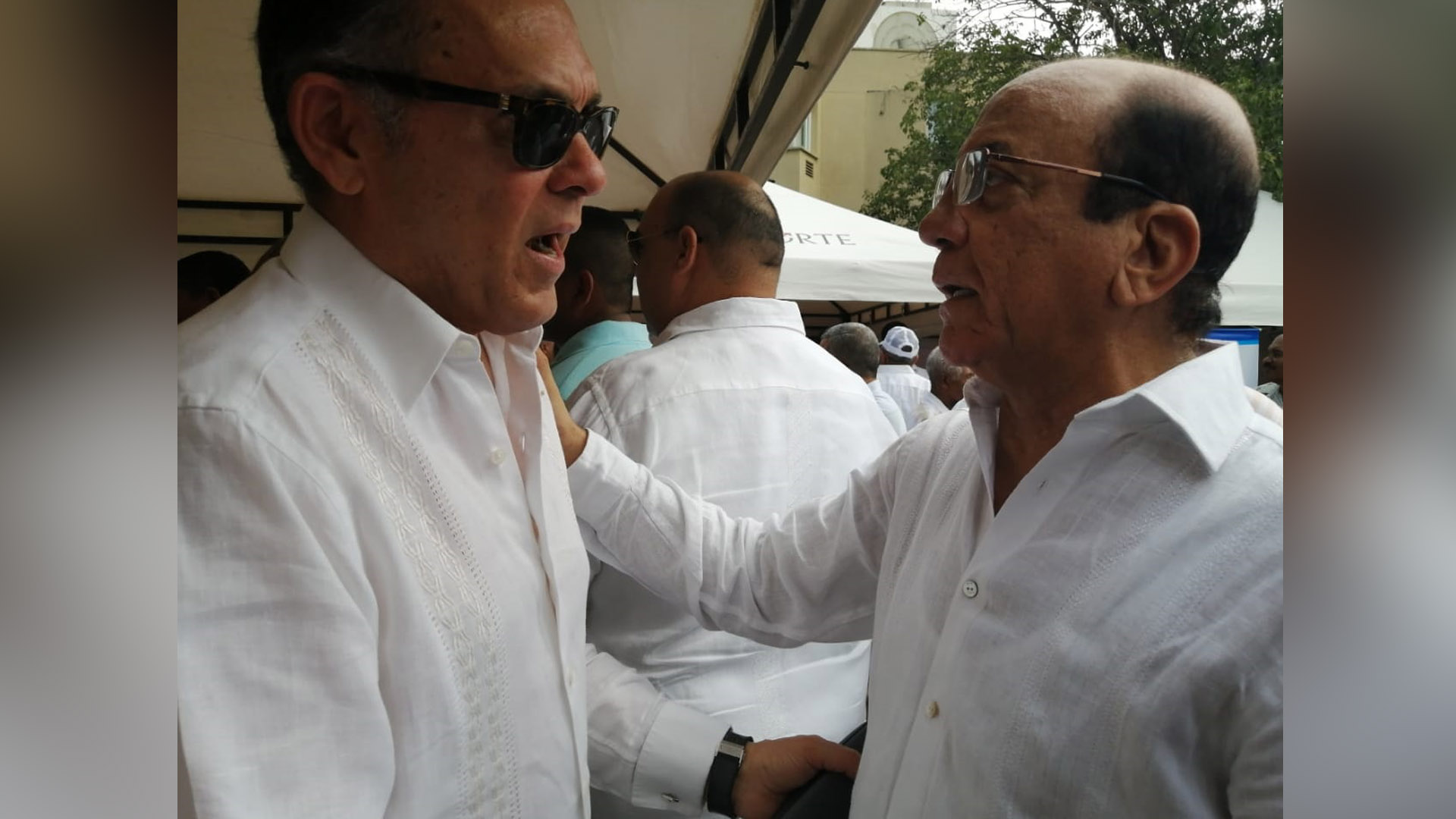 El senador Efraín Cepeda con el exgobernador Jorge Pérez.