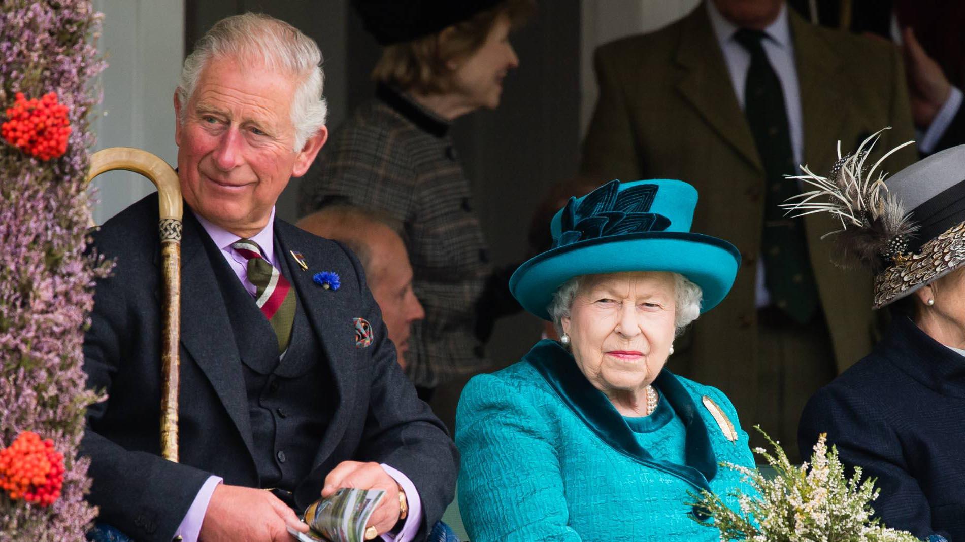 La reina Isabel II contempla abandonar la vida pública en 18 meses.