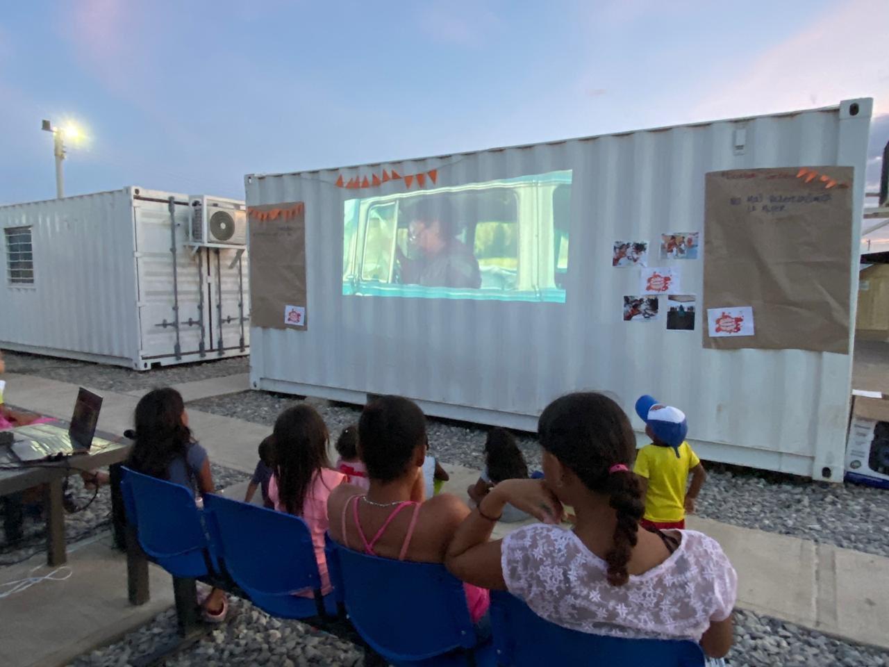 Tardes de cine para beneficiados del CAI.