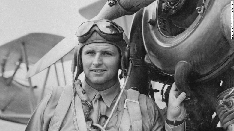 Joseph P. Kennedy Jr. murió en una misión.