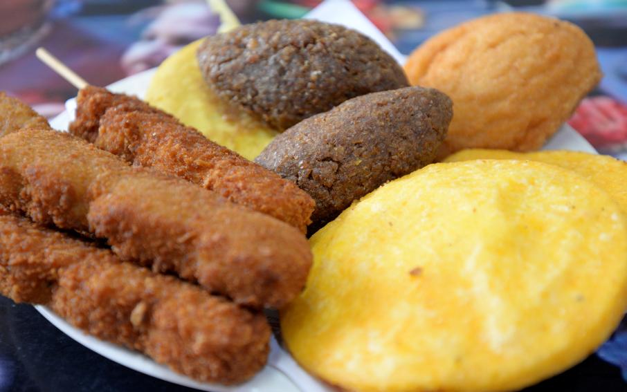 """Los """"fritos"""" ocupan un lugar importante en la mesa de los comensales durante los cinco días del Carnaval."""
