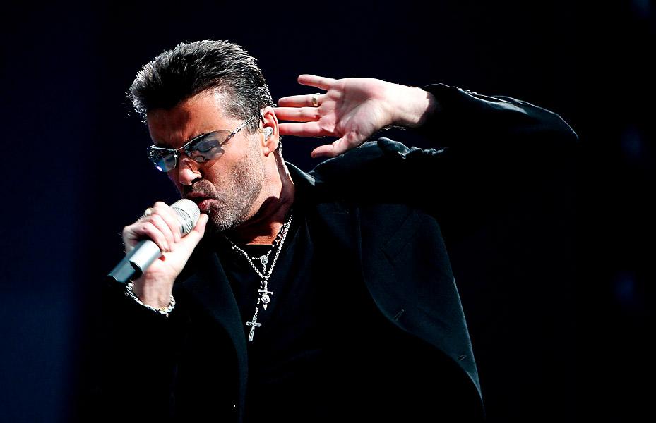 George Michael en un concierto en 2007.