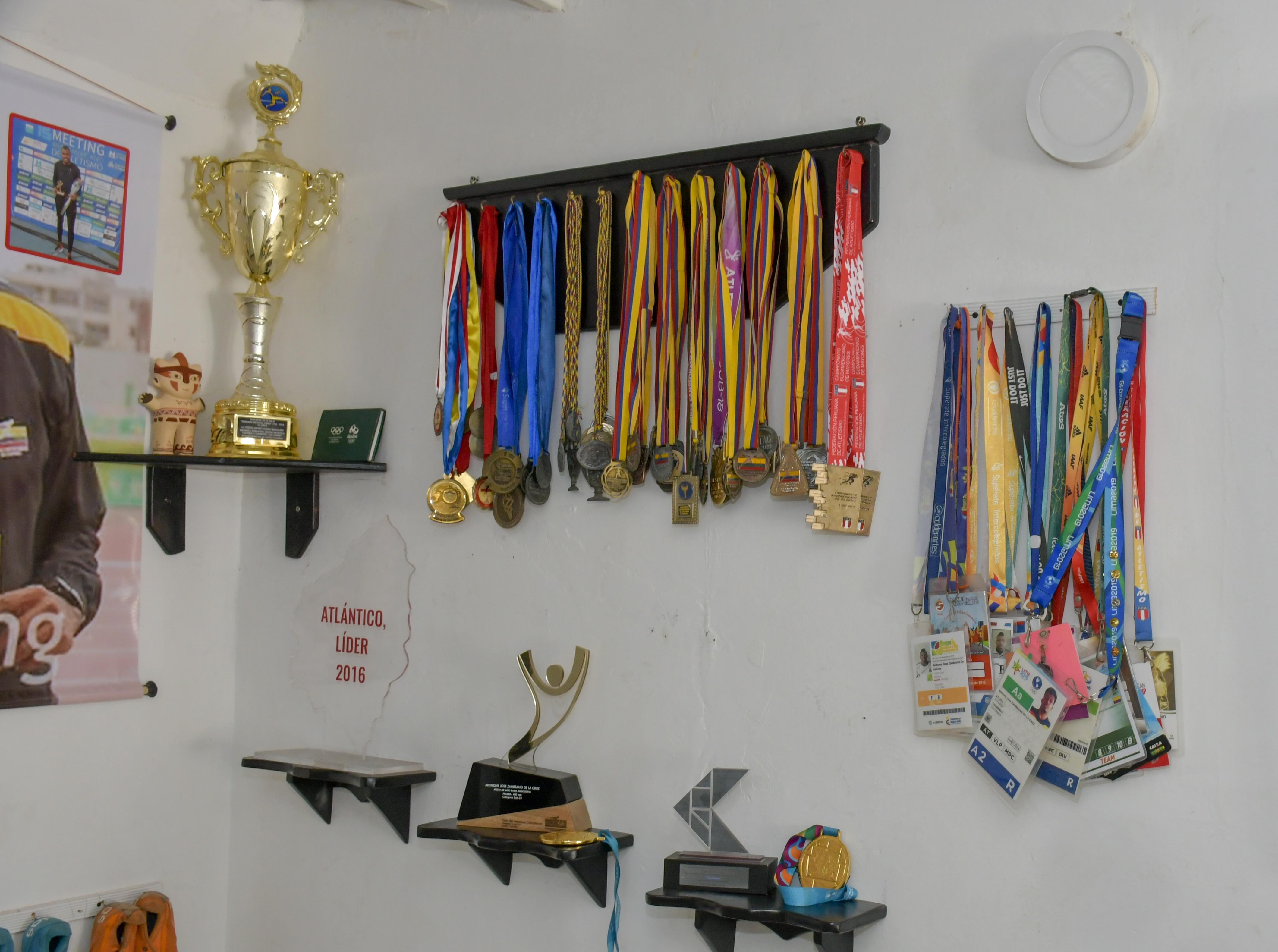 Las medallas que ha ganado Anthony en su carrera.