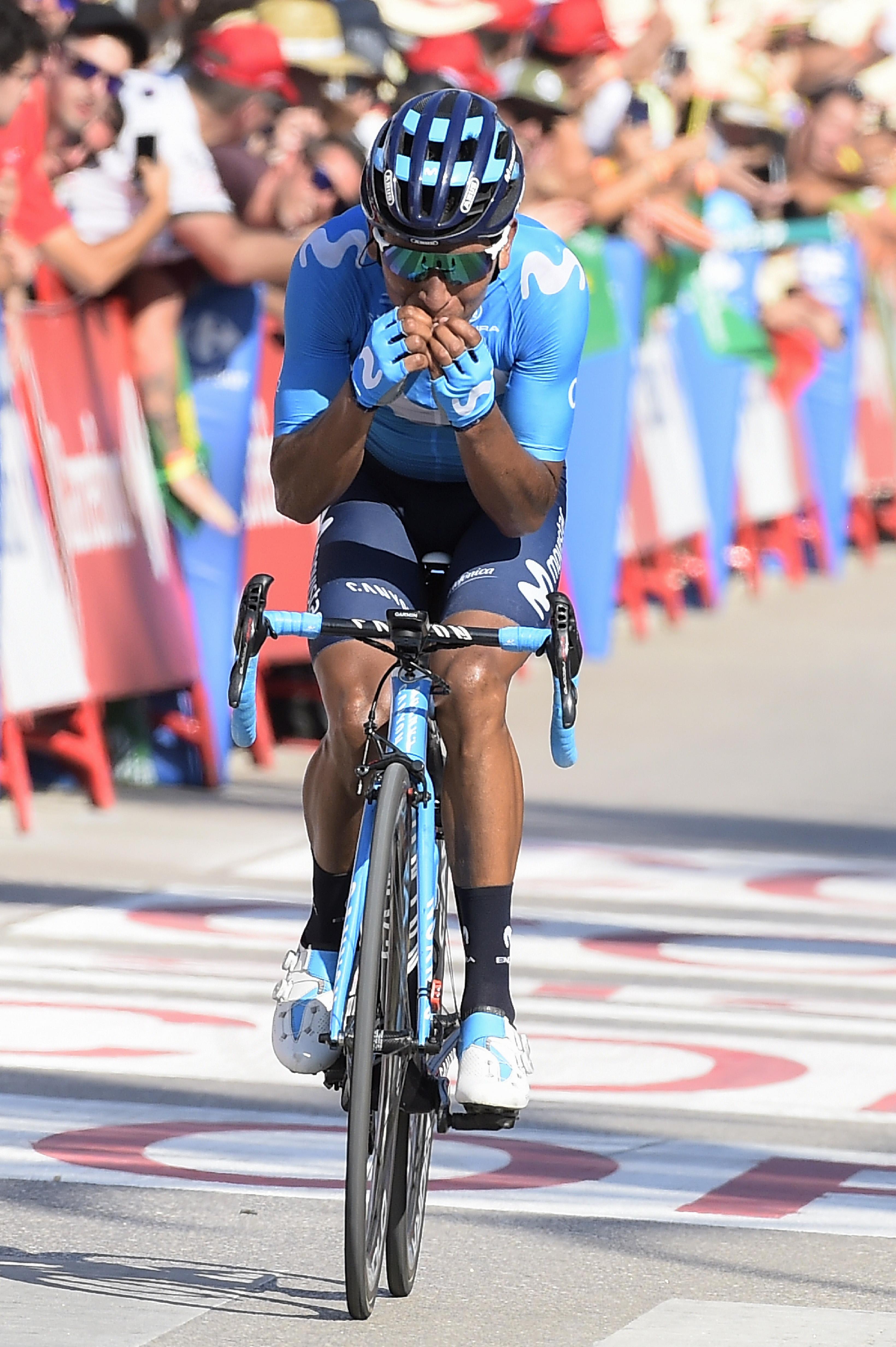 Nairo Quintana cuando cruzó la meta.