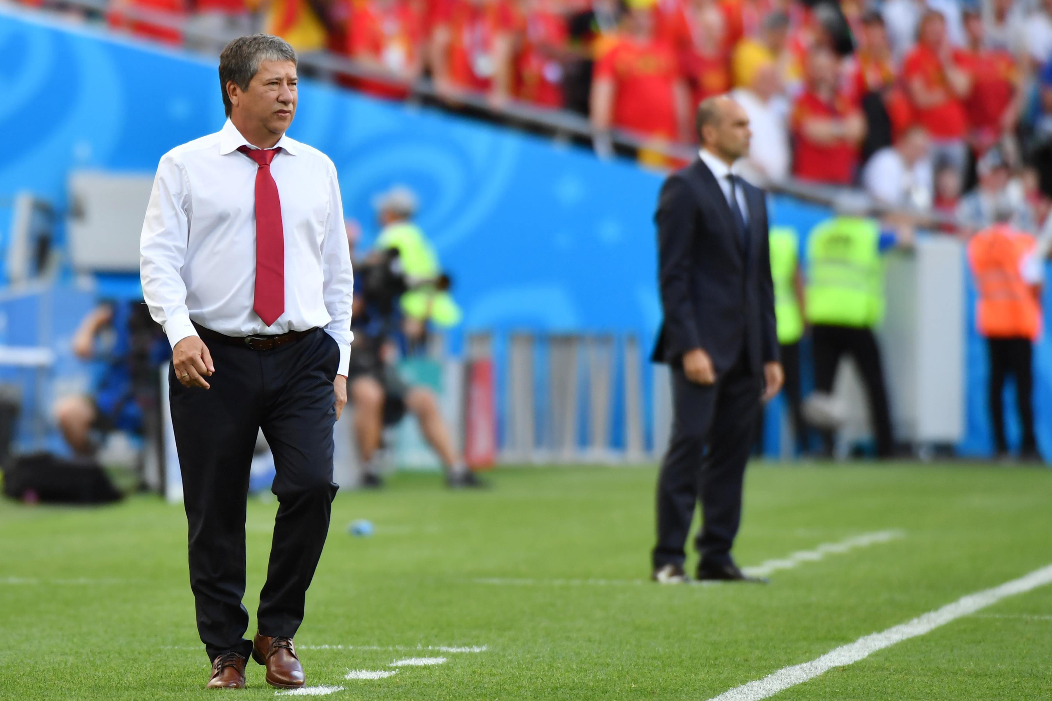 El técnico colombiano Hernán Darío 'Bolillo' Gómez durante el juego entre Panamá y Bélgica.