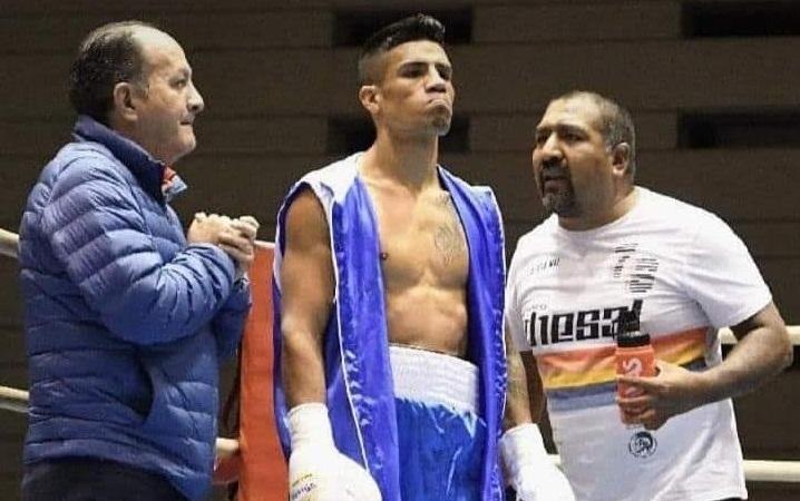 Belmar Preciado Gómez dentro del ring durante un combate.