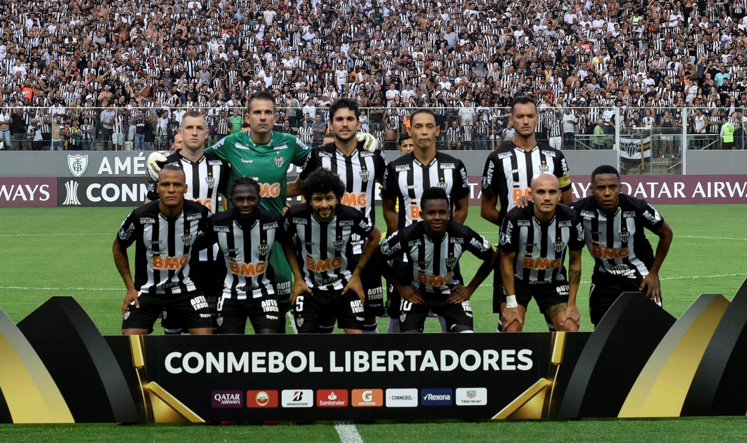 Yimmi Chará en el onceno titular del Atlético Mineiro.
