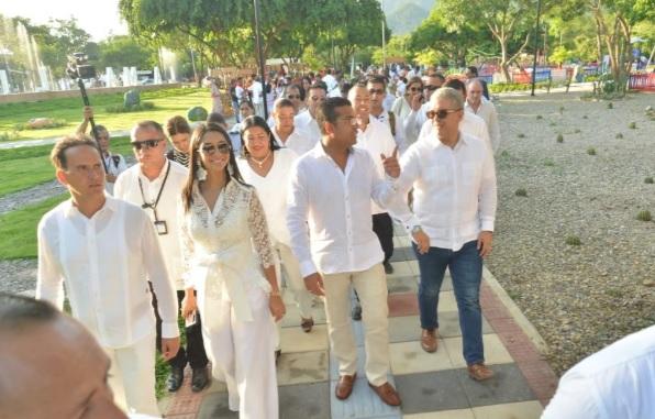 El presidente Duque, el alcalde Augusto Ramírez  y otros invitados recorren el Parque la Provincia.
