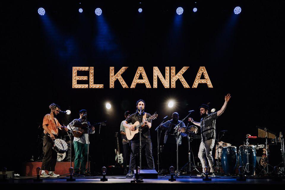 El Kanka durante un concierto en Cáceres, España.