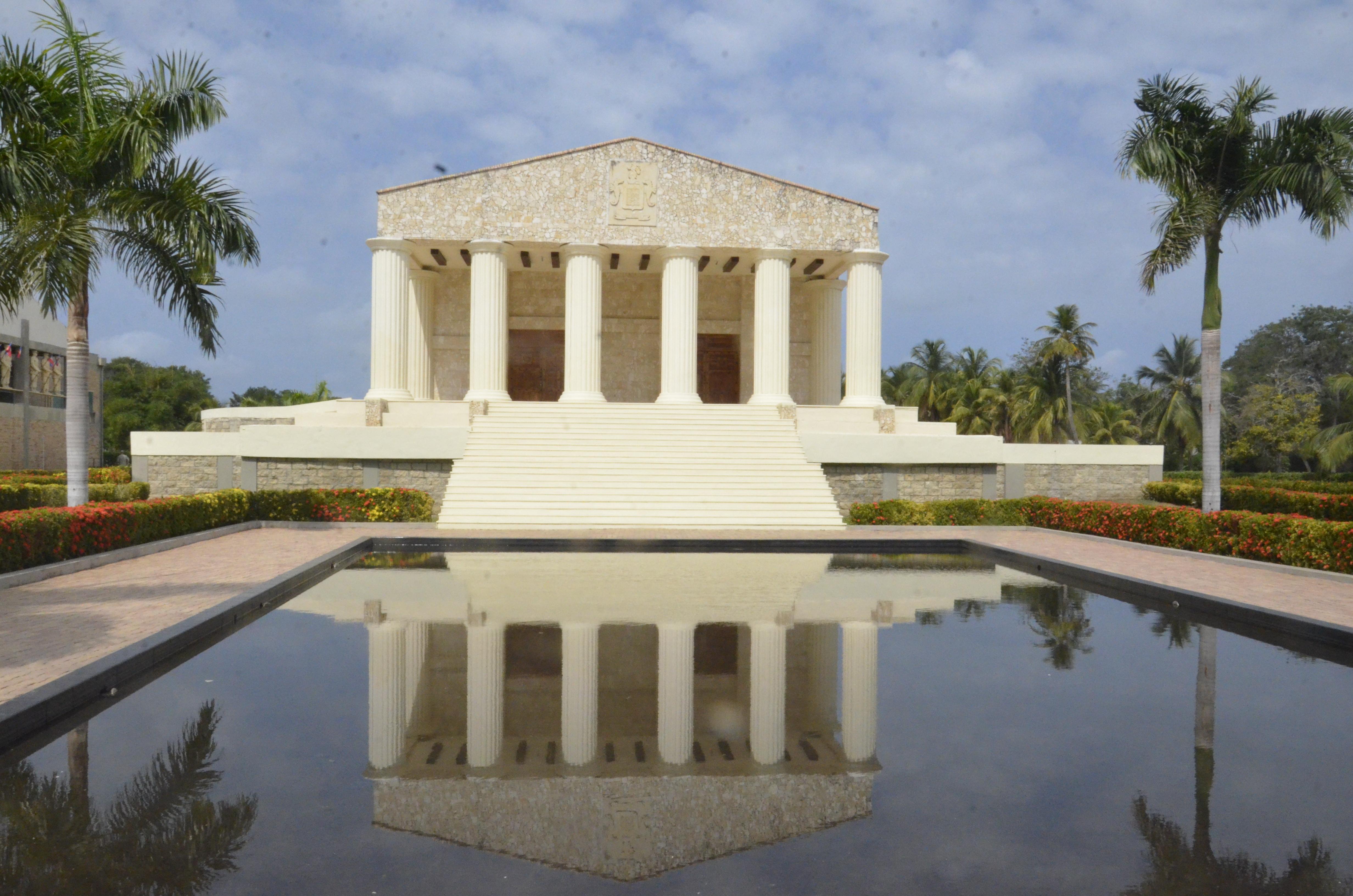 El Museo Antiguo emula a un palacio griego.
