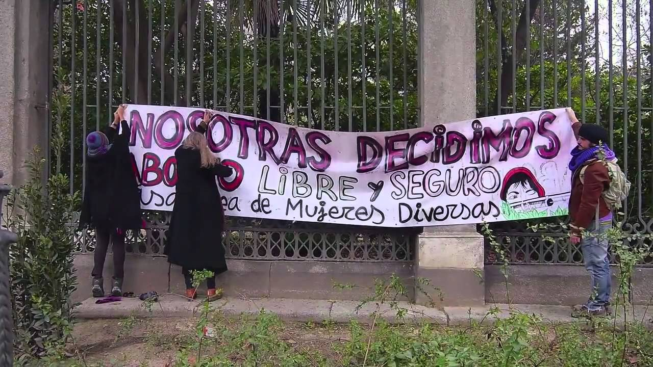 Yo decido: el tren de la libertad (2014) En España, en 2014 se propuso un proyecto de ley para restringir el derecho al aborto, por esta razón ellas decidieron protestar. Pilar Aguilar contactó cineastas para registrar las manifestaciones.