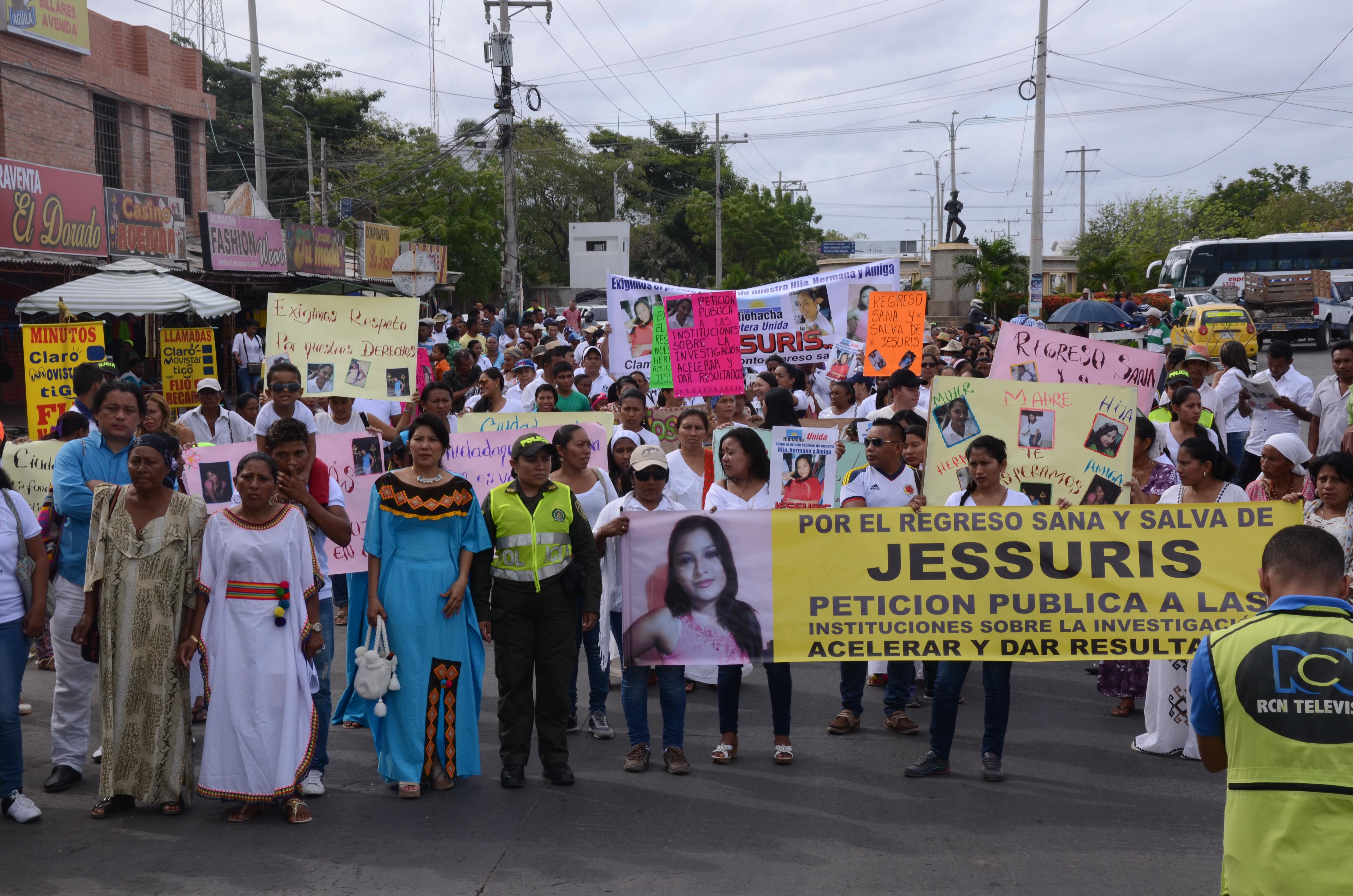 Con marchas pacíficas familiares y amigos de Zoraida tratan de buscar respuestas sobre su paradero.