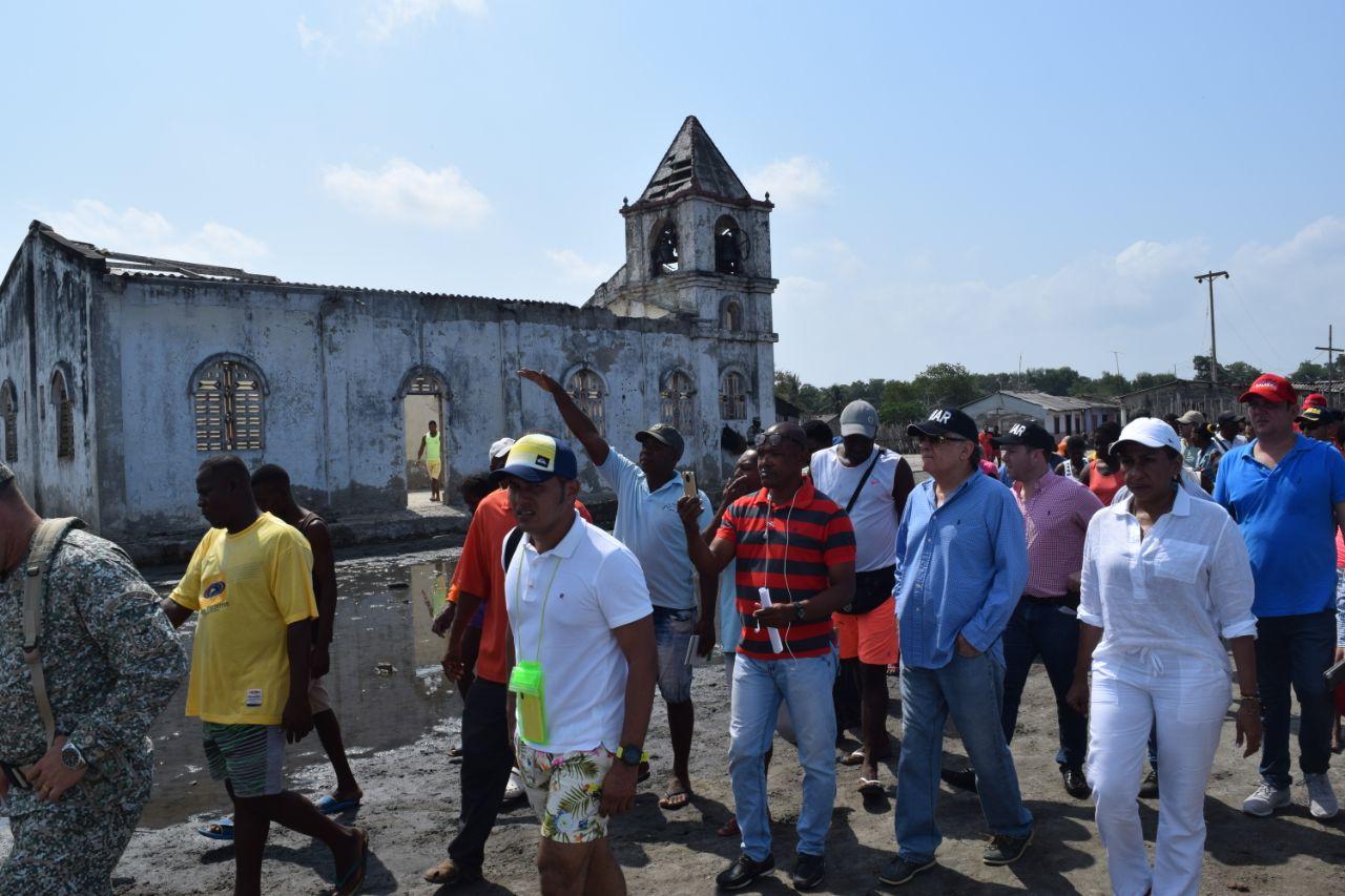 Esta es la comisión que en abril de 2018 visitó Bocacerrada.