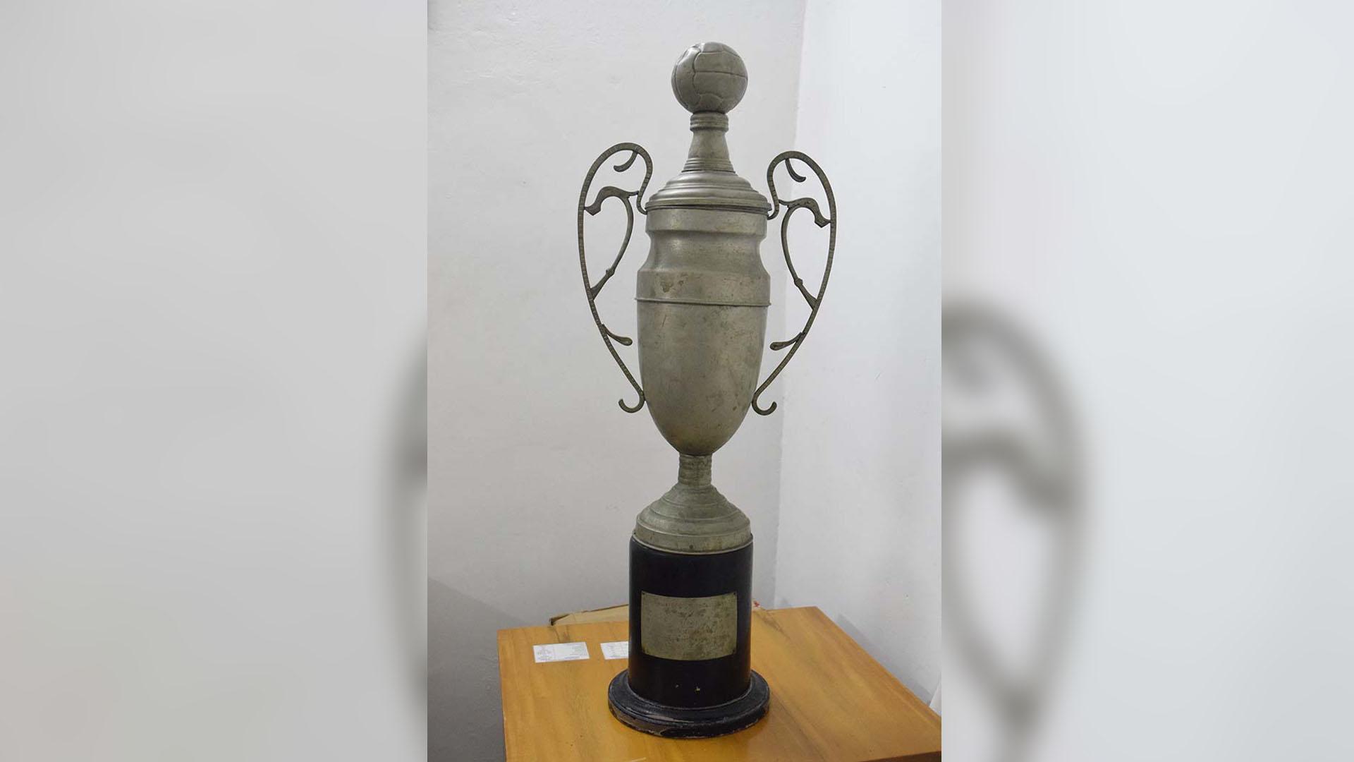 Este es el trofeo conseguido por el Unión Magdalena.