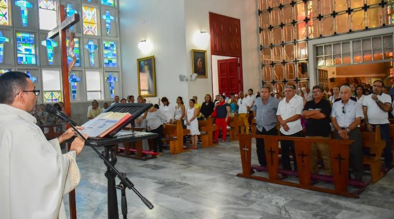 La eucaristía para conmemorar los 50 años de la tragedia se realizó en la Catedral María Reina.
