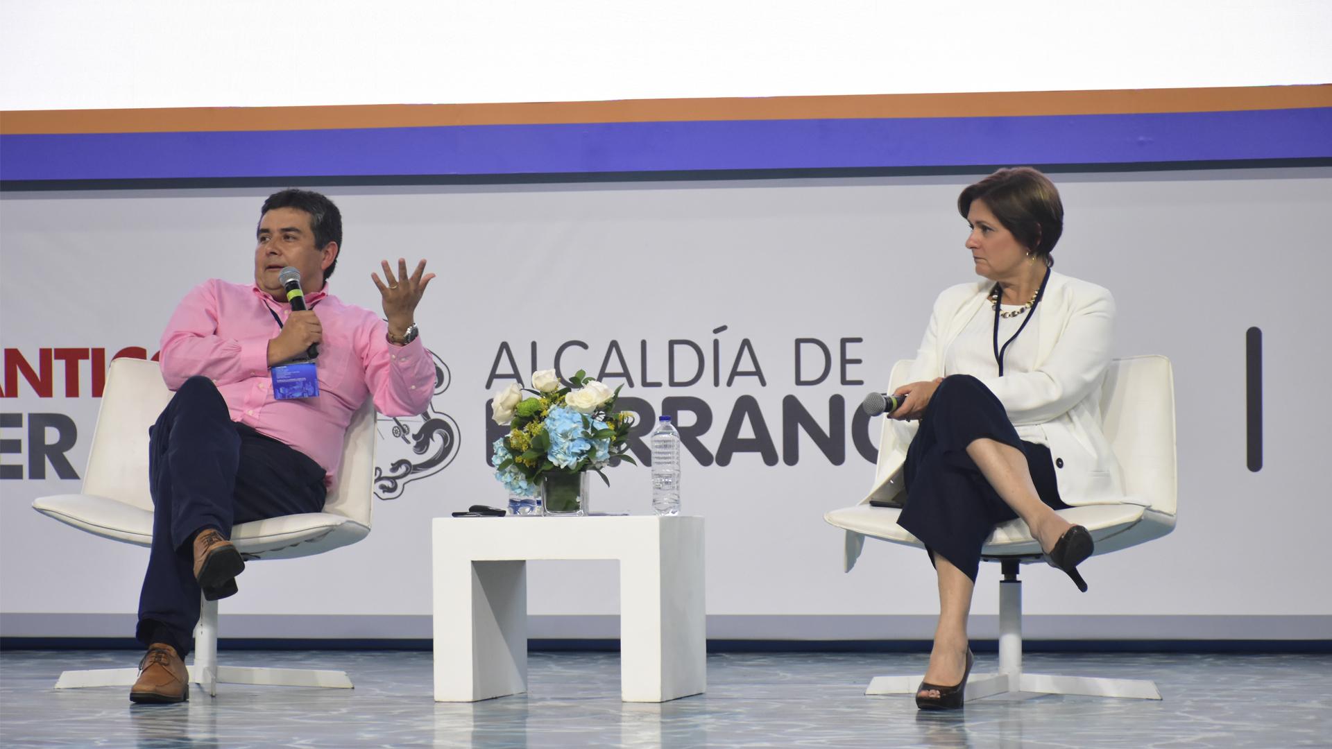 Rodrigo Sandoval y Carmen Hernández.