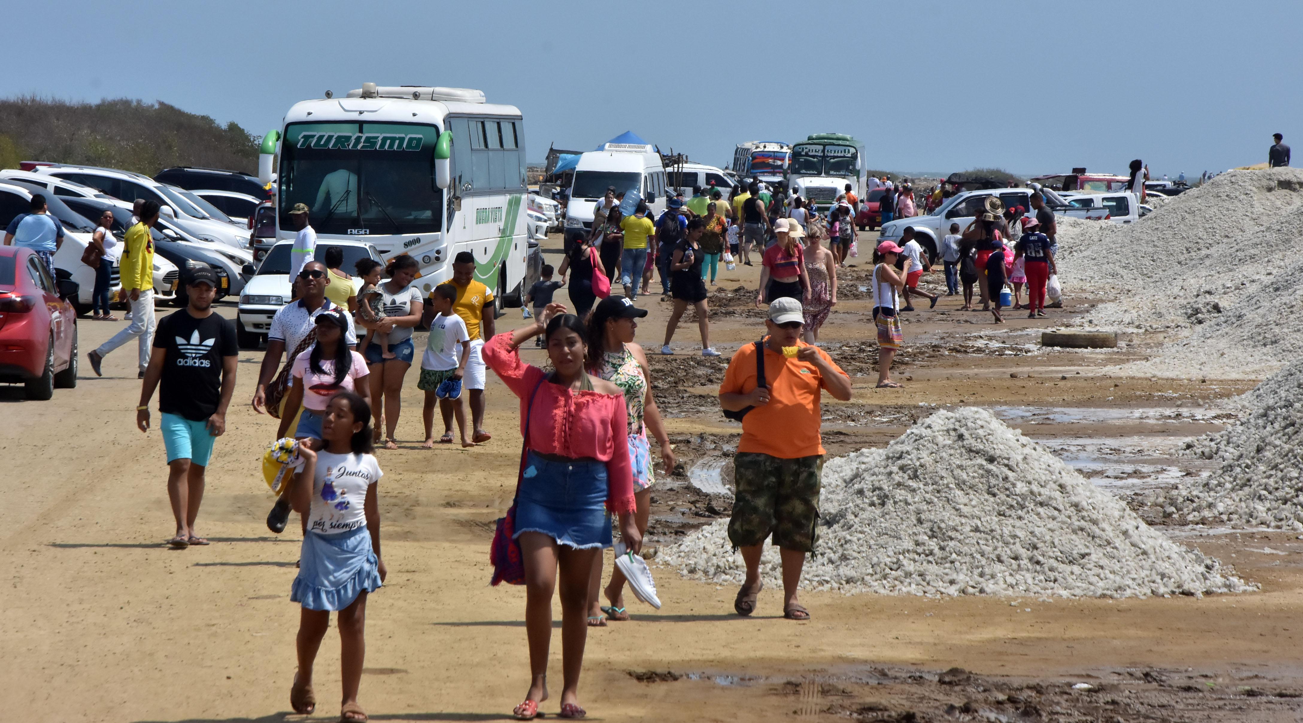Más de 43 mil turistas visitaron las salinas de Galerazamba, corregimiento de Bolívar, mientras estuvo abierta al público en los primeros meses del año.